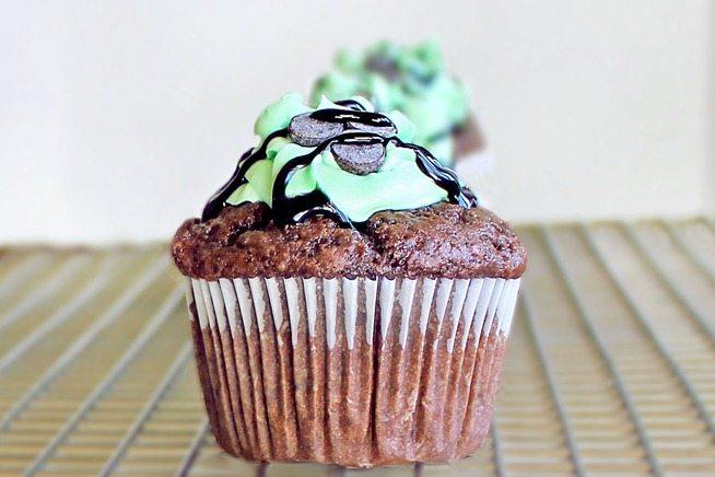 mint chocolate cupcake