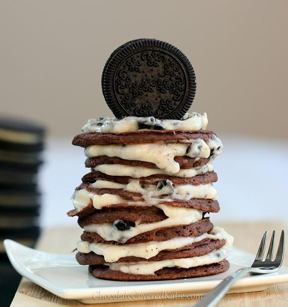 oreo-cookie-pancakes_thumb
