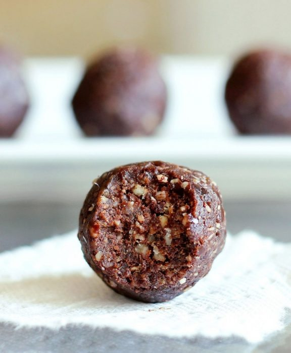 Gluten free, paleo, vegan, egg free, peanut free, no bake and SO easy to make!... from @choccoveredkt... Recipe instructions: https://chocolatecoveredkatie.com/2012/02/08/german-chocolate-fudge-bites/