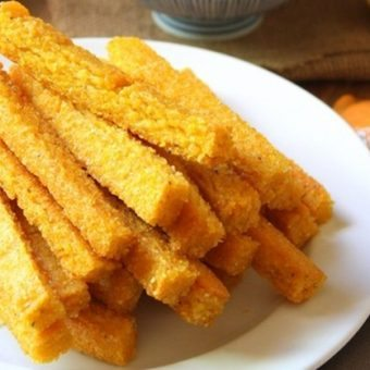 Cheezy Baked Polenta Fries