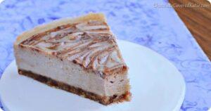 Raw Cinnamon Swirl Cheesecake