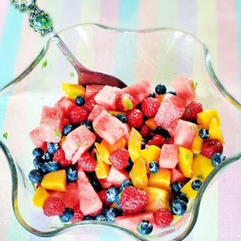 Fruit Salad… with an addictive dressing!