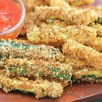 Crispy Healthy Baked Zucchini Fries