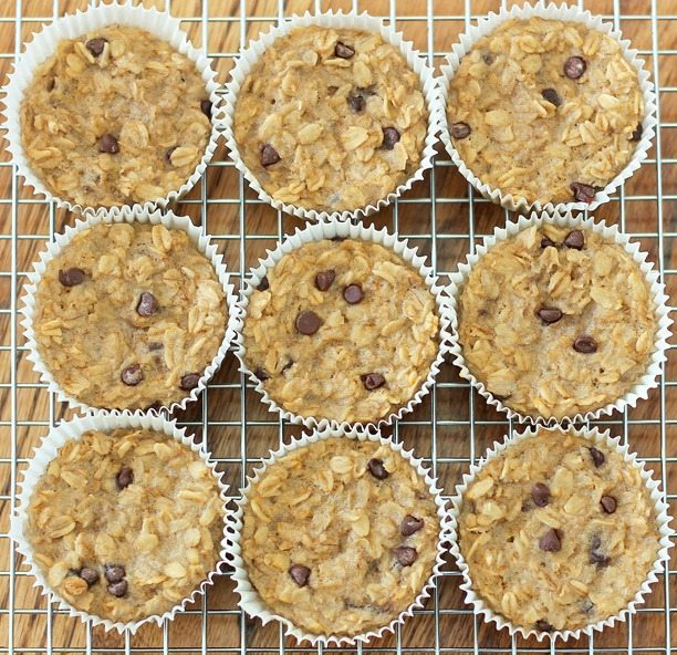 Breakfast Oatmeal Cupcakes - You cook just ONCE and get a delicious breakfast for the entire month - (recipe has been repinned over 500,000 times!) http://chocolatecoveredkatie.com/2013/01/08/breakfast-oatmeal-cupcakes-to-go/ @choccoveredkt